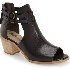 Matisse Columbia Black Peep Toe Booties